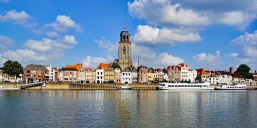 DEVENTER ( Niederlande ) - Stadtpanorama