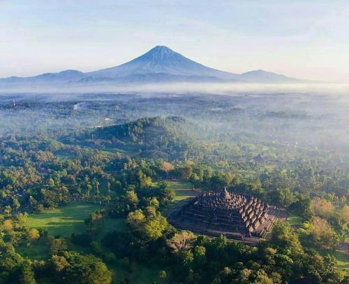 Borobudur overview