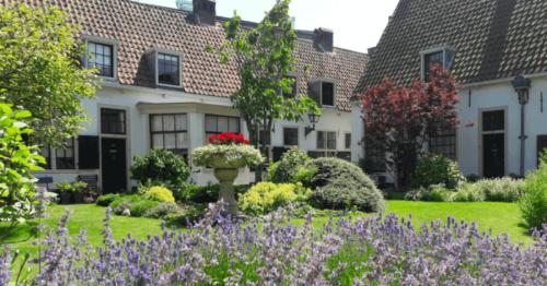 Hofje-van-Bakenes-5