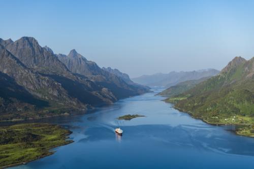 Hurtigruten credits Stian Klo Hurtigruten